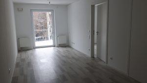 Wohnzimmer Wohnung 14 Richtung Balkon